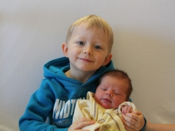 Vanessa Reiche und Bruder Luca Joel